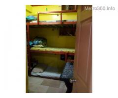 TRANSIENTS / BEDSPACER / Backpackers / Lodge / Overnighters - Php 550.00 daily/per person - DORMITEL